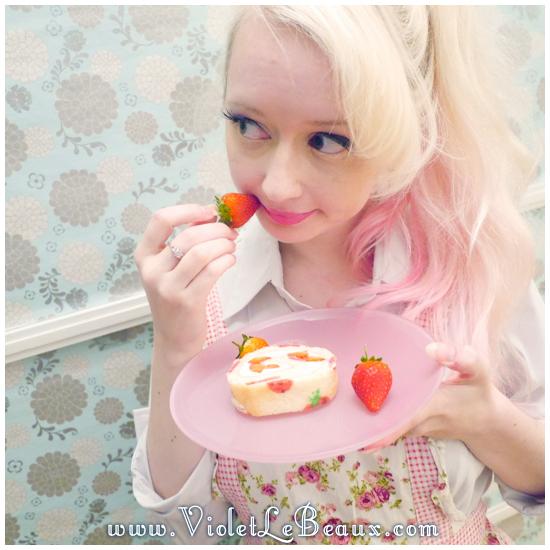 11 japanese deco roll cake strawberry recipe Strawberry Deco Roll Cake   Cute Food