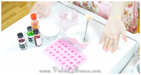 DIY-Strawberry-Sugar-Cubes2.58.30 PM