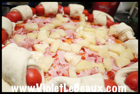 Super-Bowl-Sausage-Pizza-Recipe-1040557 copy