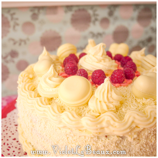 White-Chocolate-Raspberry-Cake-Recipe0123