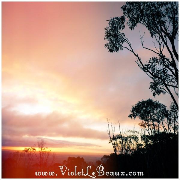 01 Bendigo Sunrise The No So Pink Cliffs and Mount Macedon   Snapshots