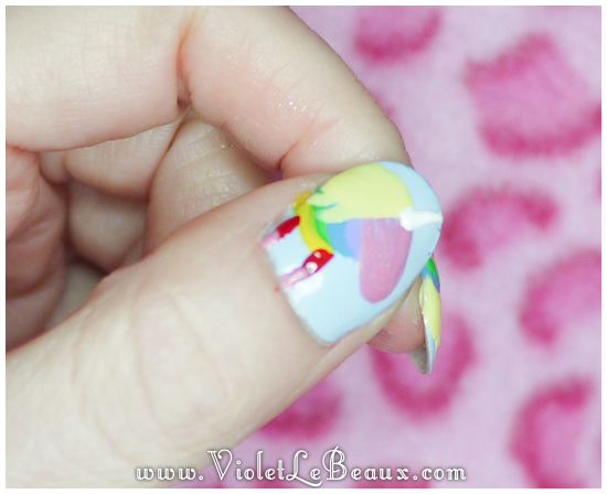 Lady-Rainicorn-Nail-Art35