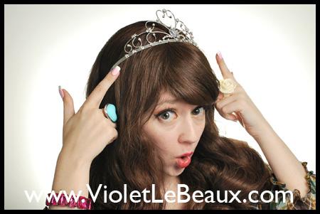 VioletLeBeauxDSC_0058_625