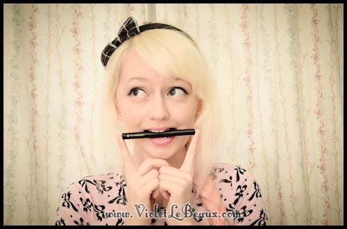 Illamasqua-Liquid-Eyeliner-Review-VioletLeBeaux-0271