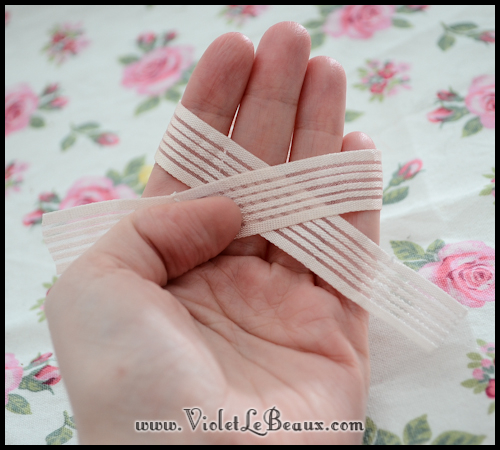 How-To-Make-Ribbon-Bows-VioletLeBeaux-868
