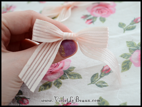 How-To-Make-Ribbon-Bows-VioletLeBeaux-883