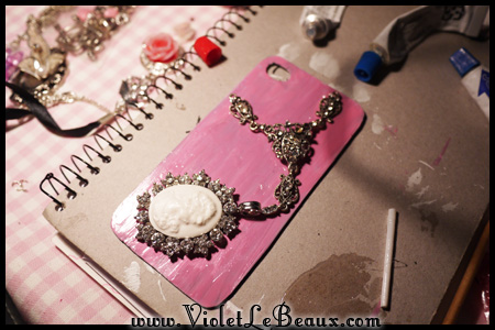 VioletLeBeaux-decoden-bling-iphone-64_17121