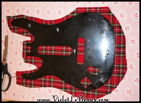 VioletLeBeaux-tartan-guitar-hero-modification-13_14591