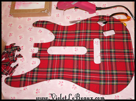 VioletLeBeaux-tartan-guitar-hero-modification-24_14602