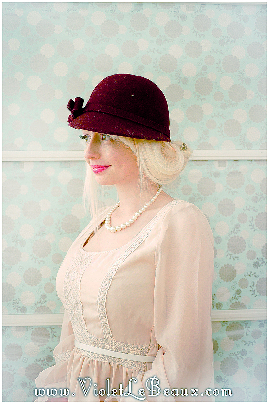 03 hat hairstyle tutorial violet lebeaux 6 Hairstyles To Wear With Hats – Hair Inspiration