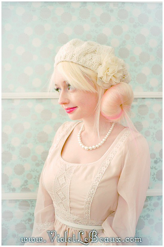 06 hat hairstyle tutorial violet lebeaux 6 Hairstyles To Wear With Hats – Hair Inspiration