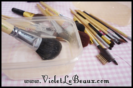 VioletLeBeaux-How-To-Clean-Make-Up-Brushes-813_18933