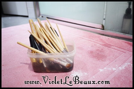 VioletLeBeaux-How-To-Clean-Make-Up-Brushes-816_18936