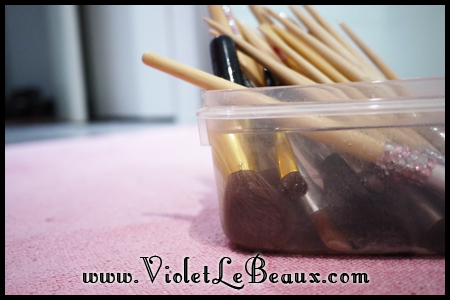 VioletLeBeaux-How-To-Clean-Make-Up-Brushes-819_18939