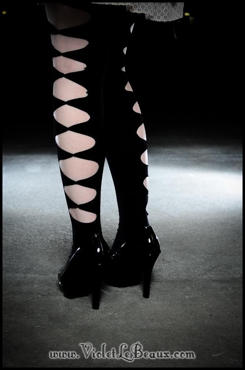 DIY-Punk-Vivi-Bow-Stockings-VioletLeBeaux-944