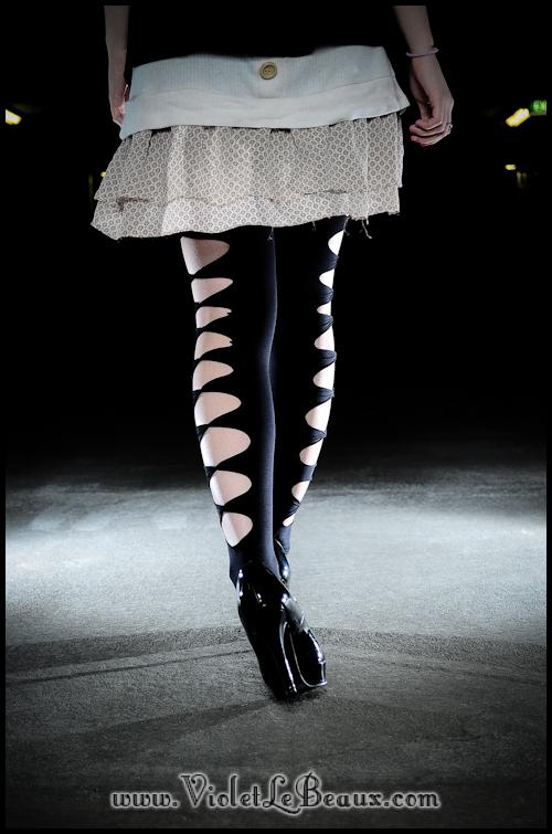 DIY-Punk-Vivi-Bow-Stockings-VioletLeBeaux-947