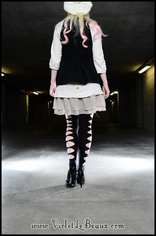 DIY-Punk-Vivi-Bow-Stockings-VioletLeBeaux-954