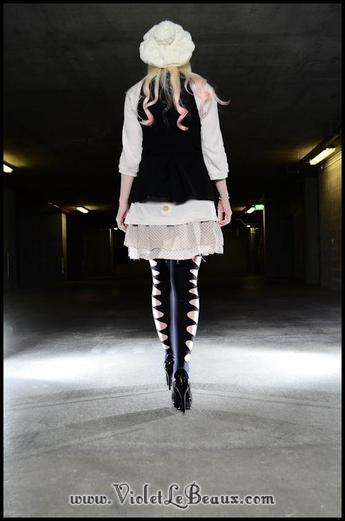 DIY-Punk-Vivi-Bow-Stockings-VioletLeBeaux-955