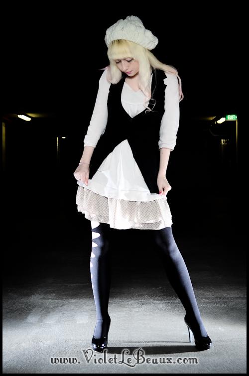 DIY-Punk-Vivi-Bow-Stockings-VioletLeBeaux-969
