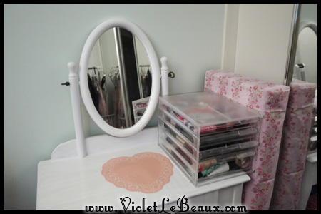 VioletLeBeaux-Vanity-Table-DIY-50449_15880