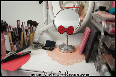 VioletLeBeaux-Vanity-Table-DIY-60235_17092