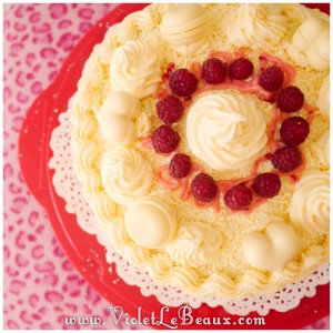 White-Chocolate-Raspberry-Cake-Recipe0126