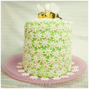 19 daisy bee spring cake 300x300 Tutorials