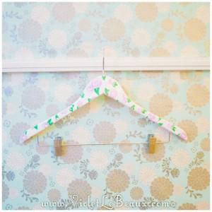 16 cute floral coat hanger diy 300x300 Tutorials