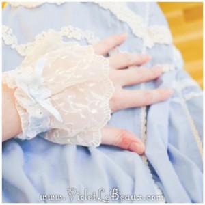 16 lolita wrist cuff tutorial pattern 300x300 Tutorials